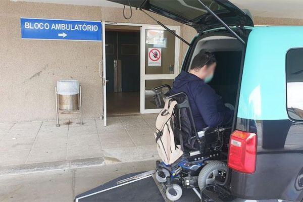 transportation of patients, ambulances, taxis transportation of non-urgent patients portugal